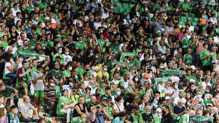 """Saint-Etienne fans give manager Claude Puel """"24 hours to resign"""""""
