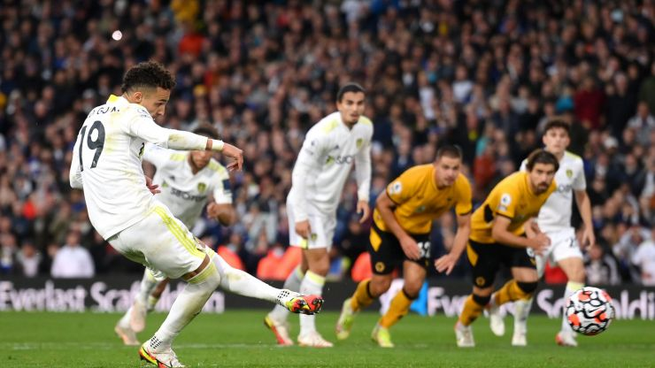 Leeds fan has police called on him after celebrating goal against Wolves