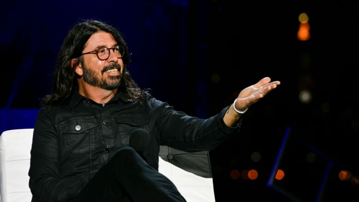 """Dave Grohl responds to Nirvana lawsuit: """"He's got a Nevermind tattoo, I dont"""""""