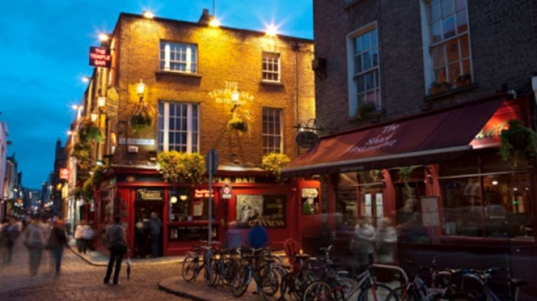 Pic: Temple Bar looks absolutely wedged for the St Patrick's Day celebrations