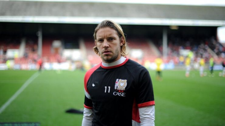 Former Manchester United jack of all trades Alan Smith doesn't know how much money he earns