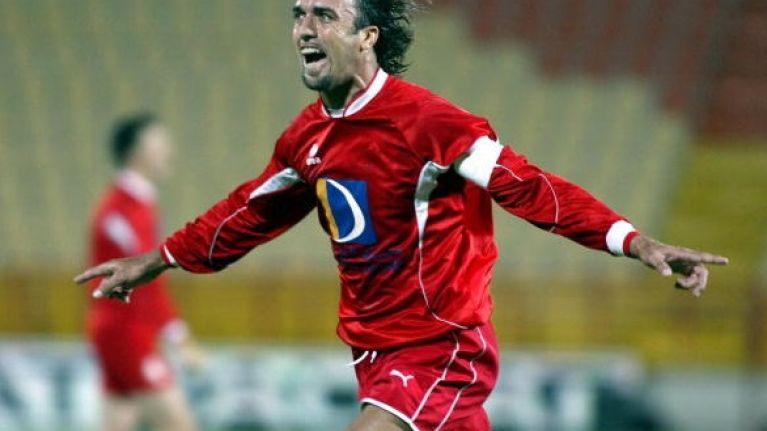 Video: Gabriel Batistuta scored a very Gabriel Batistuta goal in a charity match last night