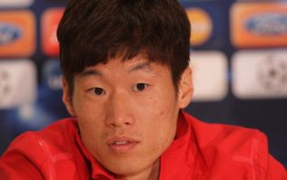 South Korean and ex-Man United star Park Ji-Sung announces his retirement from football