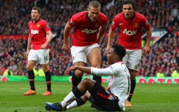 Ingenious Manchester United fan settles bet with Liverpool pal in glorious fashion
