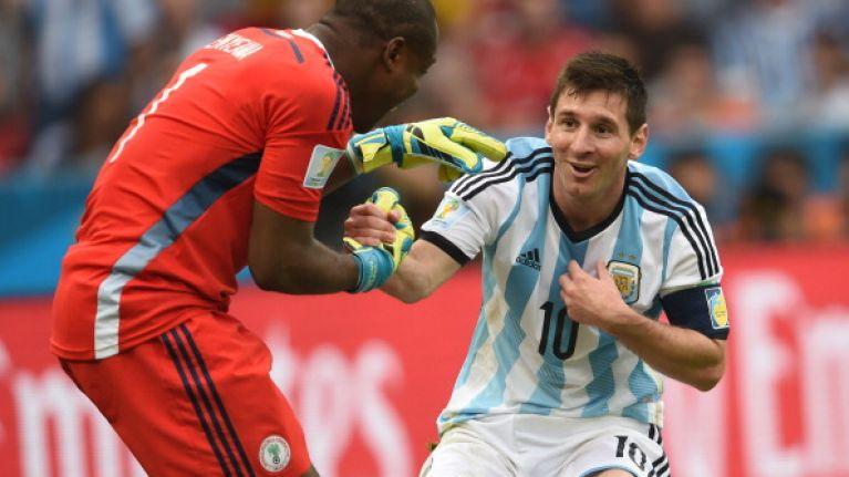 84ad34def Video  Nigerian goalkeeper tells referee