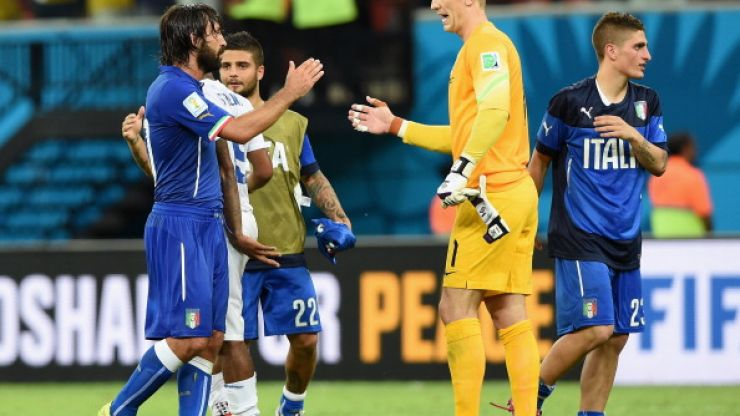 Video: Joe Hart absolutely lost the plot after Andrea Pirlo's free-kick the other night