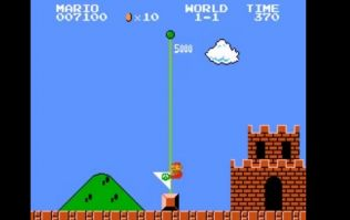 Video: Guy sets new world record for Super Mario Bros, completes entire game in less than five minutes