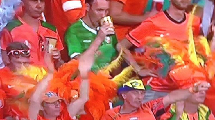 Pics: Irish lad in retro jersey wanders into Dutch crowd for World Cup quarter-final