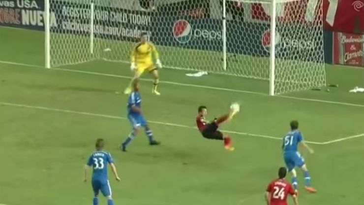 Video: Torres scores an amazing overhead kick... not that Torres though