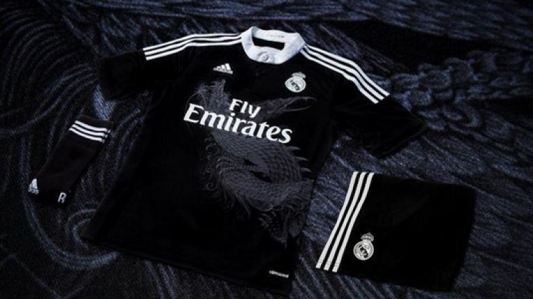online retailer 5c3dc df7ac Pic: Real Madrid unveil a gorgeous new dragon-inspired black ...