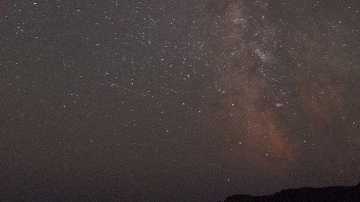 Pic: Irishman snaps stunning pic of the Milky Way over Cork