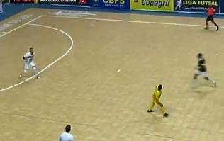 Video: Futsal player scores unbelievable back-heeled half-volley lob in Brazil