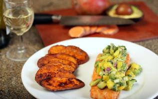 Tasty and easy to make protein recipes: Grilled salmon with sweet potato and basil