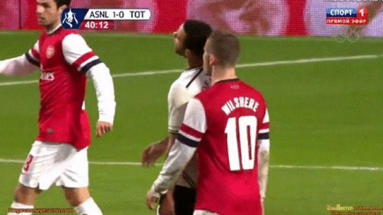 best service 595c0 904d9 GIF: Moussa Dembélé tries to hit Jack Wilshere with a ...