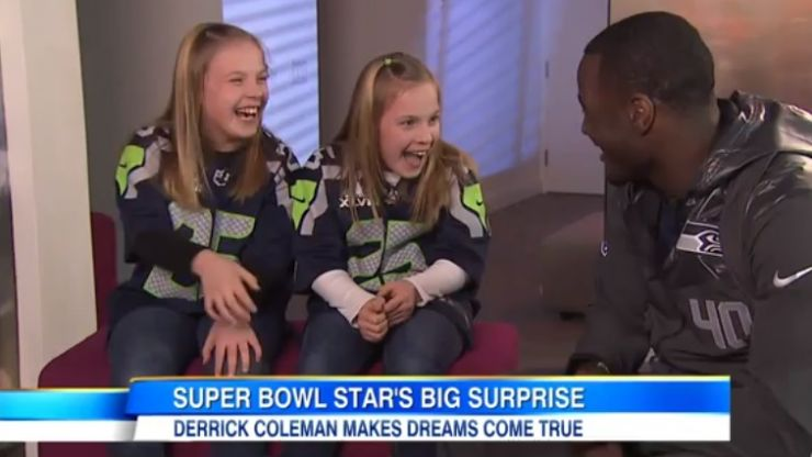 Video: NFL star Derrick Coleman surprises two young deaf fans with Super Bowl tickets