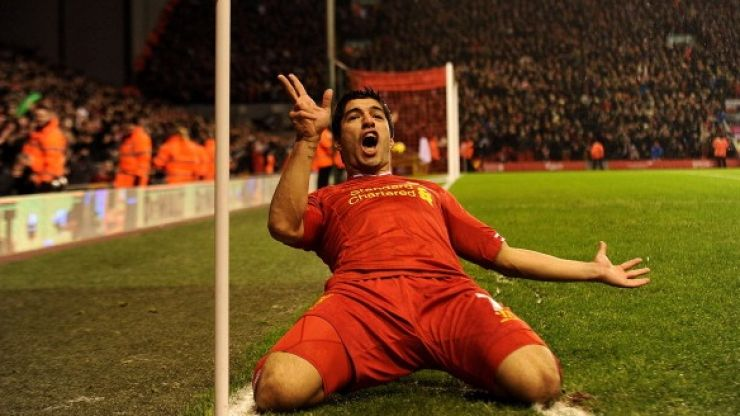 Luis Suarez picks up the Football Writers' Association Player of the Year award