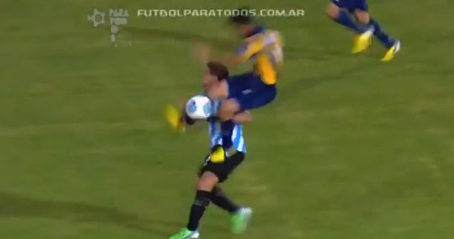 Video: This compilation of the worst tackles of the season from Argentina is brilliant