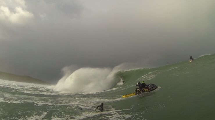 Video: Surfer rides massive wave at Mullaghmore this weekend
