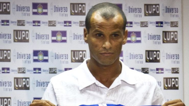 Pic: Want to feel old? Here's Rivaldo playing a game with his son in the Brazilian championship