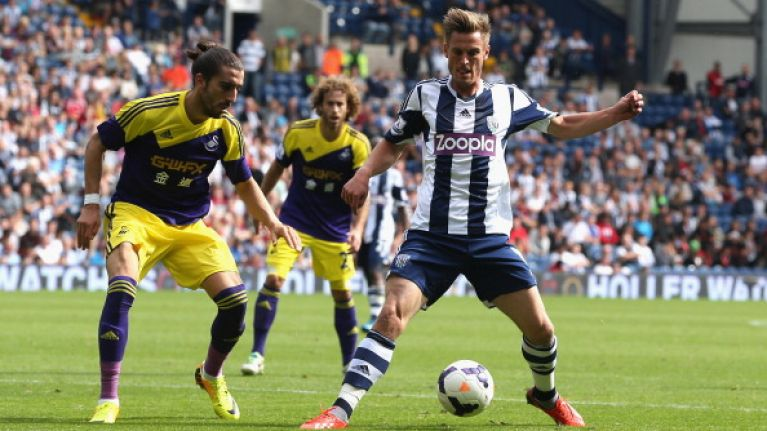 Former West Brom striker donates the contents of his house to charity