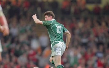 Exactly five years on from the Grand Slam, this montage of Ronan O'Gara's game-winning kick is class