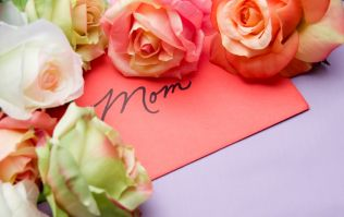 Add a personal touch this Mother's Day with a One4all personalised greeting card & gift card