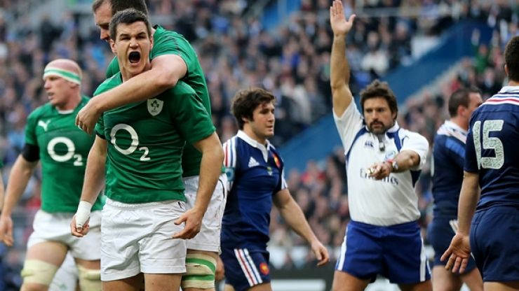 Video: Irish fans celebrate Sexton's second try against France in absolutely brilliant fashion