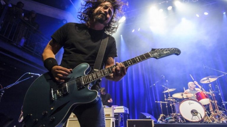 Happy Birthday to Dave Grohl, Jason Bateman and Carl Weathers: Here's why they're all awesome