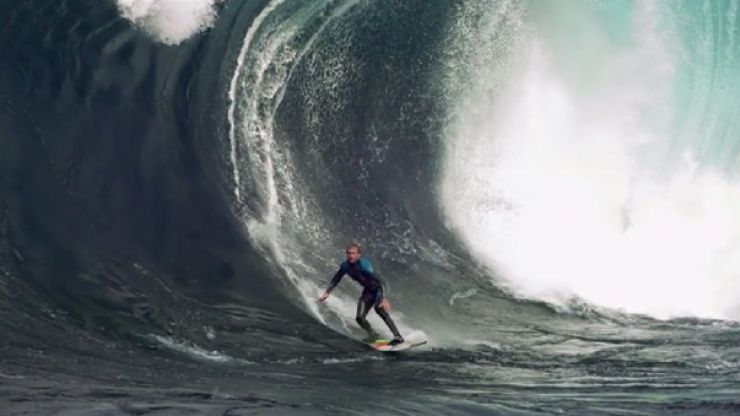 Video: This slow motion surfing video is one of the coolest things on the internet