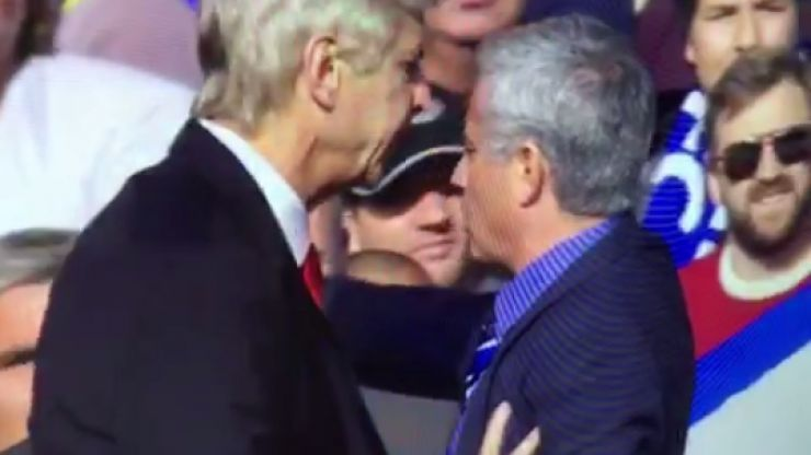 Vine: Arsene Wenger pushes Jose Mourinho on touchline during Chelsea v Arsenal