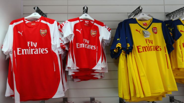 Which football club sells the most jerseys per year?