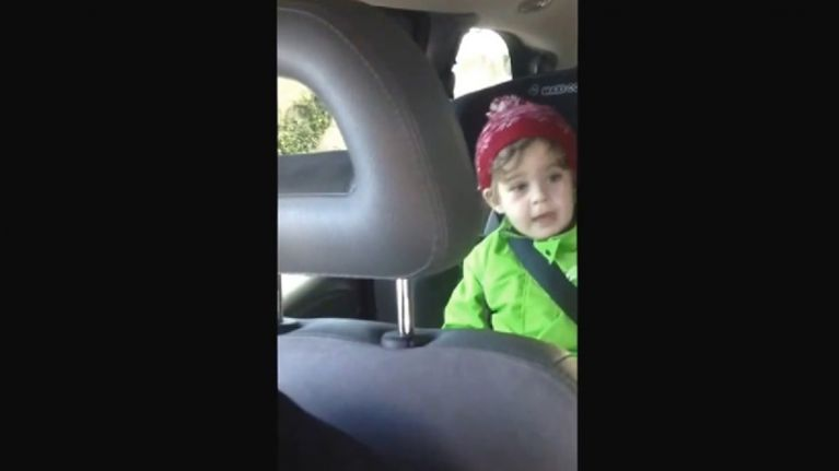 Video: This hilarious clip of a 3 year old Dublin boy cursing whilst singing Christmas carols is great