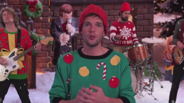 Jimmy Kimmel Christmas.The Killers Christmas Song With Jimmy Kimmel Is Actually Fantastic