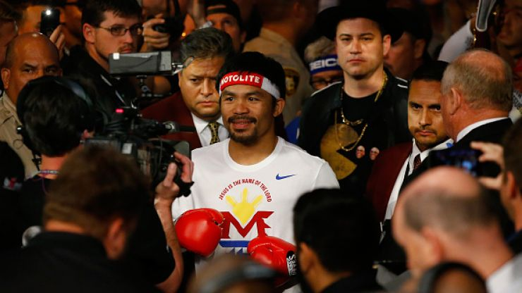 Vine: Jimmy Kimmel walked to the ring with Manny Pacquiao dressed as Justin Bieber