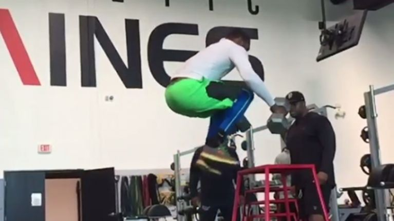 Video: College footballer performs 40-inch box jump while holding two 32kg dumbbells