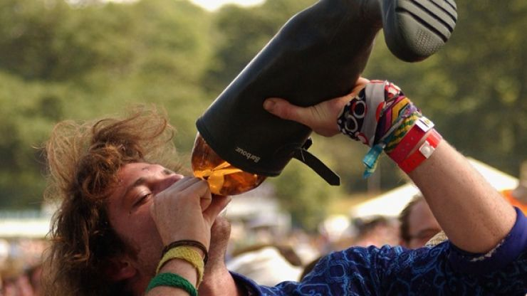 Video: The absolutely genius way to sneak drink into a music festival this summer
