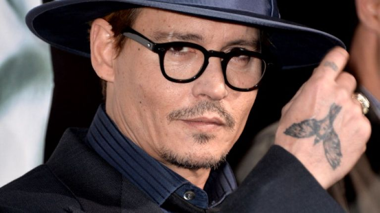 Pic: Everything seems to be alright between Johnny Depp and the Aussie police