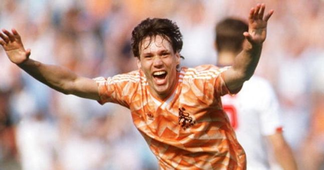 INTERVIEW: Marco van Basten talks Messi, Maradona and what went on during Ireland v Holland at Italia '90