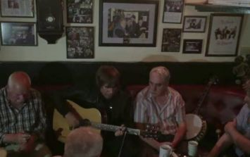 Video: Liam Gallagher having a session with a few auld lads in a pub in Mayo