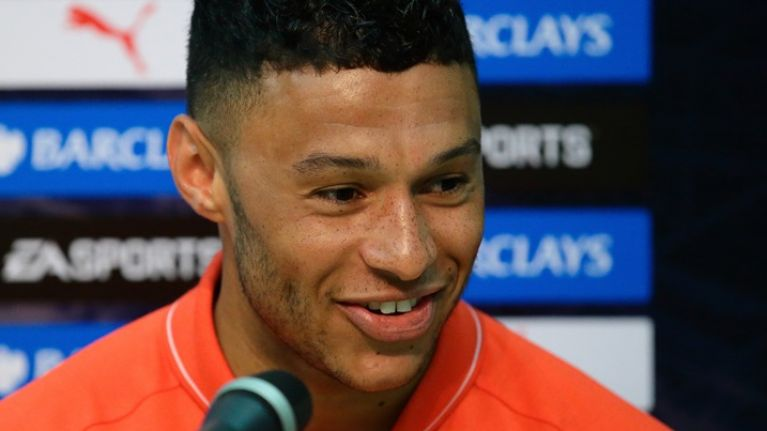 Video: Alex Oxlade-Chamberlain had everyone in stitches at