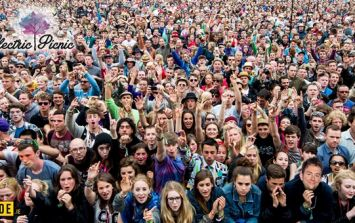 PLAY: Find Damon Albarn, Florence Welch and Sam Smith in this Electric Picnic crowd