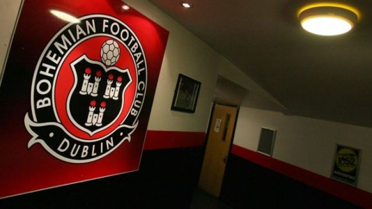PIC: The powerful 'Refugees Welcome' mural unveiled by Bohemians at Dalymount Park