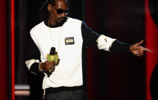 """Legendary rapper Snoop Dogg to release cookbook with """"snacks to satisfy those munchies"""""""