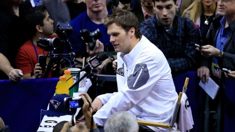 Pic: The crowds surrounding Tom Brady at the Superbowl media day were ridiculous