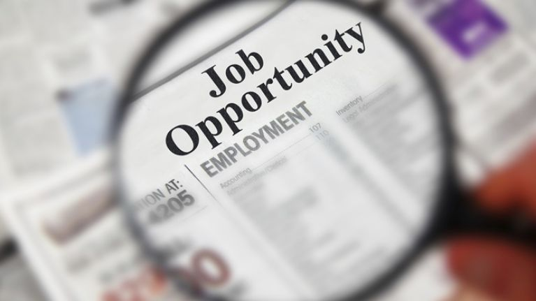 Our top 5 job hunt prep tips to help you land your next career move