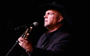 Garth Brooks 'provisionally agreed' to 3 outdoor concerts in Ireland next year