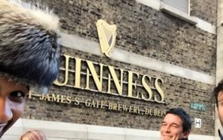 Pics: Usher is in Dublin and he's already been pouring himself pints