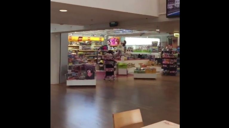 VIDEO: The customer service announcements in Tallinn Airport are