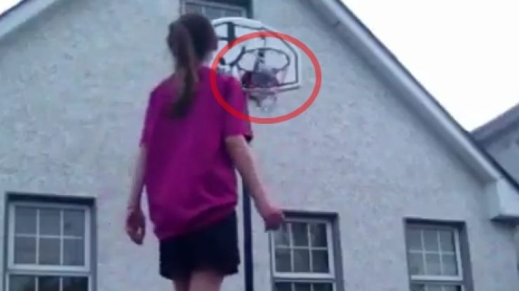 VIDEO: This girl's keepy-uppy skills put us to shame