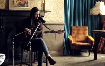 Sunday Sessions - Niamh Crowther